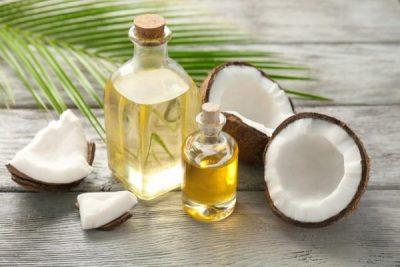 oleo do coco usado para a pele